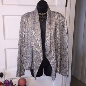 Fun free flowing gold blazer